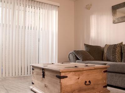 Dela av rum med gardiner