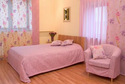 Rosa gardiner passar bra i sovrum